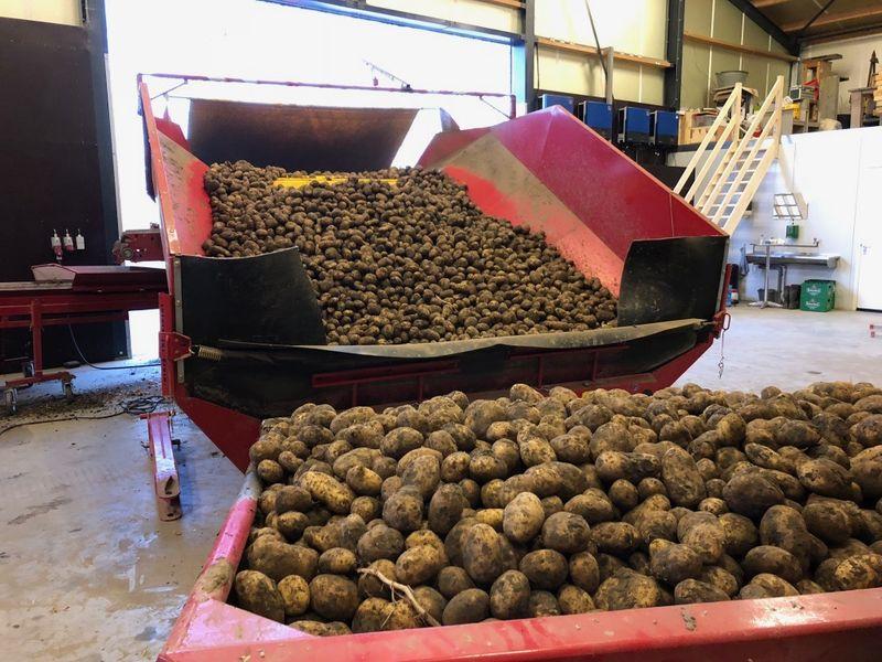 3 en 4 april 2018; aardappels afleveren