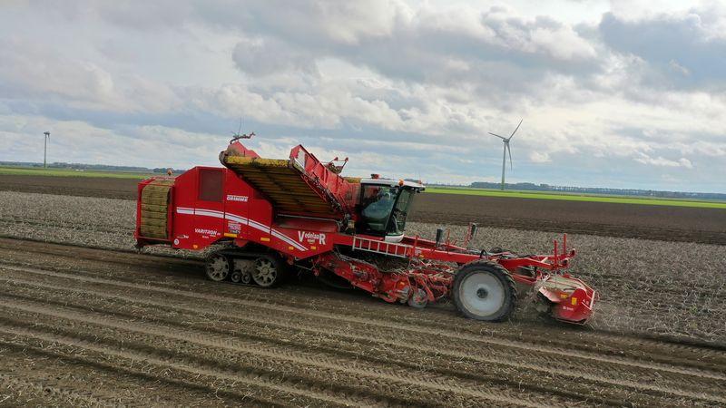 23, 24 en 25 oktober 2020; aardappels rooien